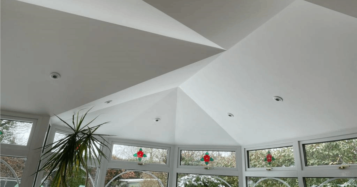 conservatory roof conversion that provides a sense of amplitude